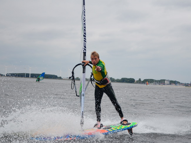 August - surf Young & Fun Camp Fehmarn